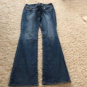 EUC American eagle 10 Long kick boot jeans